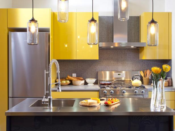 hkitc111_after-yellow-kitchen-cabinets-close_4x3-jpg-rend_-hgtvcom-616-462